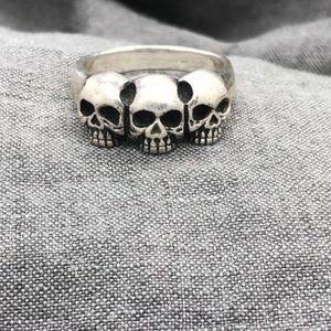 Vintage Triple skull biker ring
